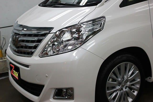 Toyota Alphard (2)