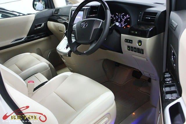 Toyota Alphard (6)