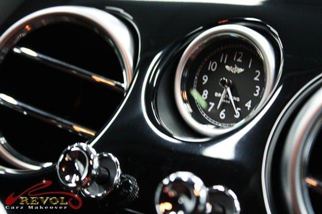 bentley design clock of Breitling