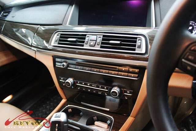 BMW7 05