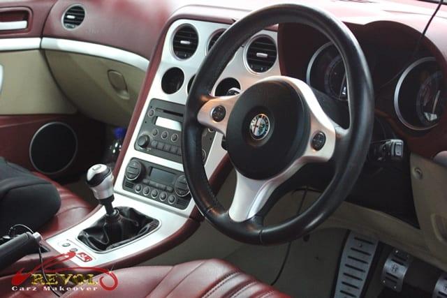 Alfa Romeo Spider 8