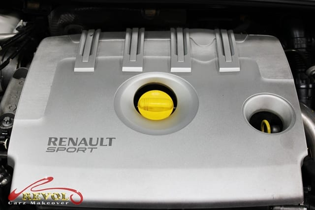 Renault RS4