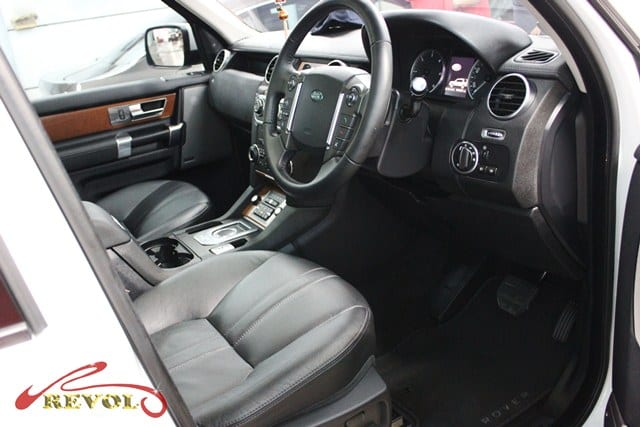 land rover discovery 4 disco with zetough ceramic paint protection revol car grooming. Black Bedroom Furniture Sets. Home Design Ideas