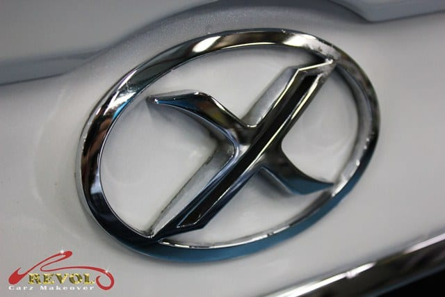Toyota mark x special version spray painting with zetough for Mirror r18 patch
