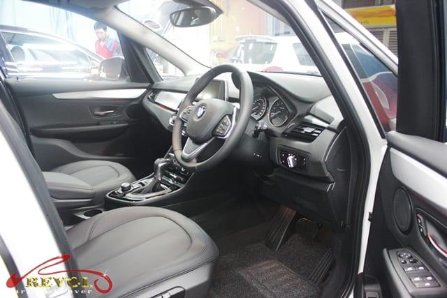 BMW 218 (6)