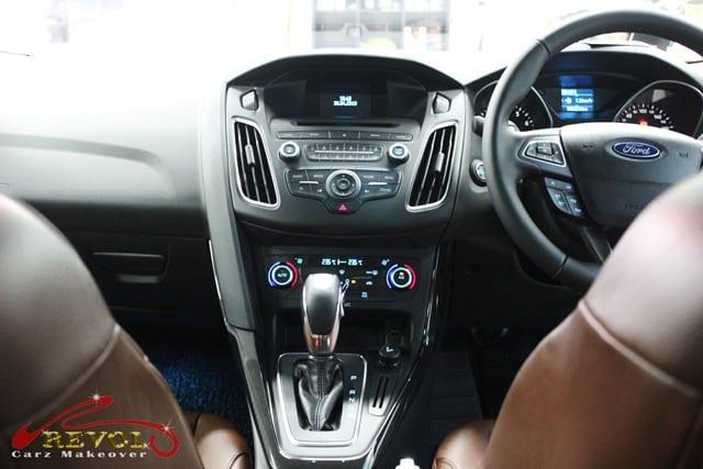 Ford Focus (6)