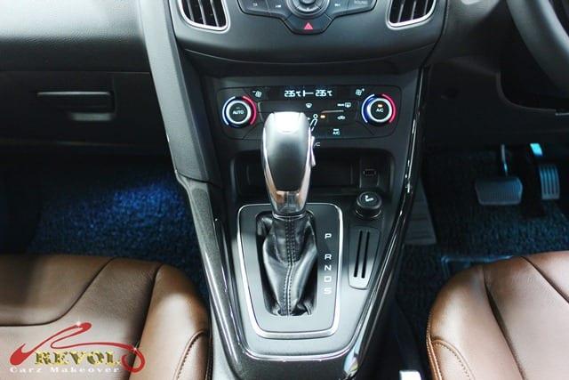 Ford Focus (7)