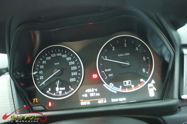 BMW 216D -instrument cluster