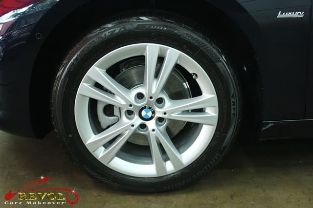 BMW 216D - wheels