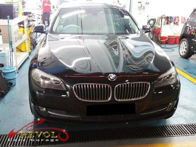A BMW 523i had issue related to auto transmission oil cooler