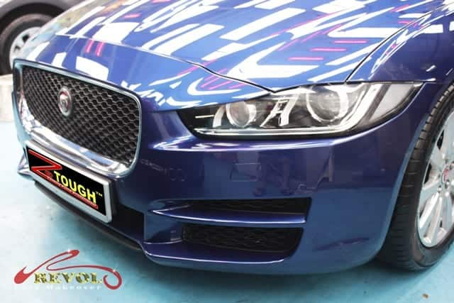 JAGUAR XE 2.0 I4P TSS Re-Spray with Ceramic Coating