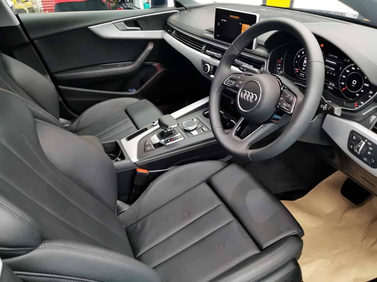 Stunning Blue Audi A5 - interior