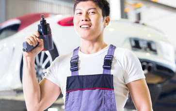 BMW Repair Specialist by Revol Carz