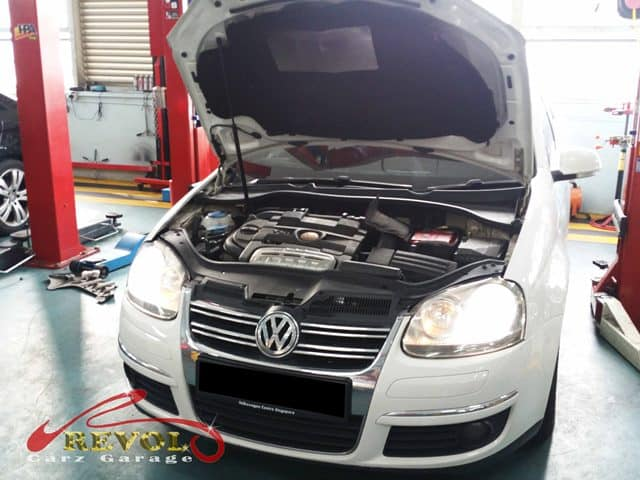 VW Case Study 8: Battery fault code -Alternator Replacement