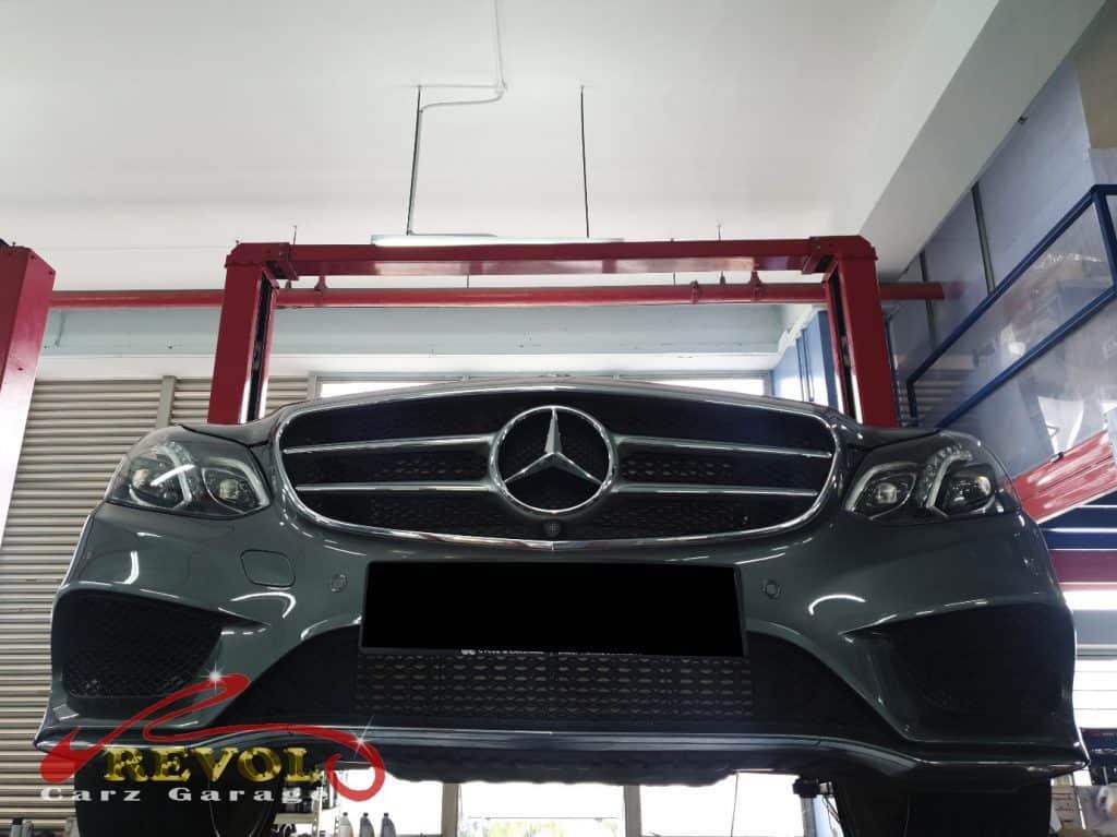 Mercedes-Benz CS 3 - undercarriage inspection