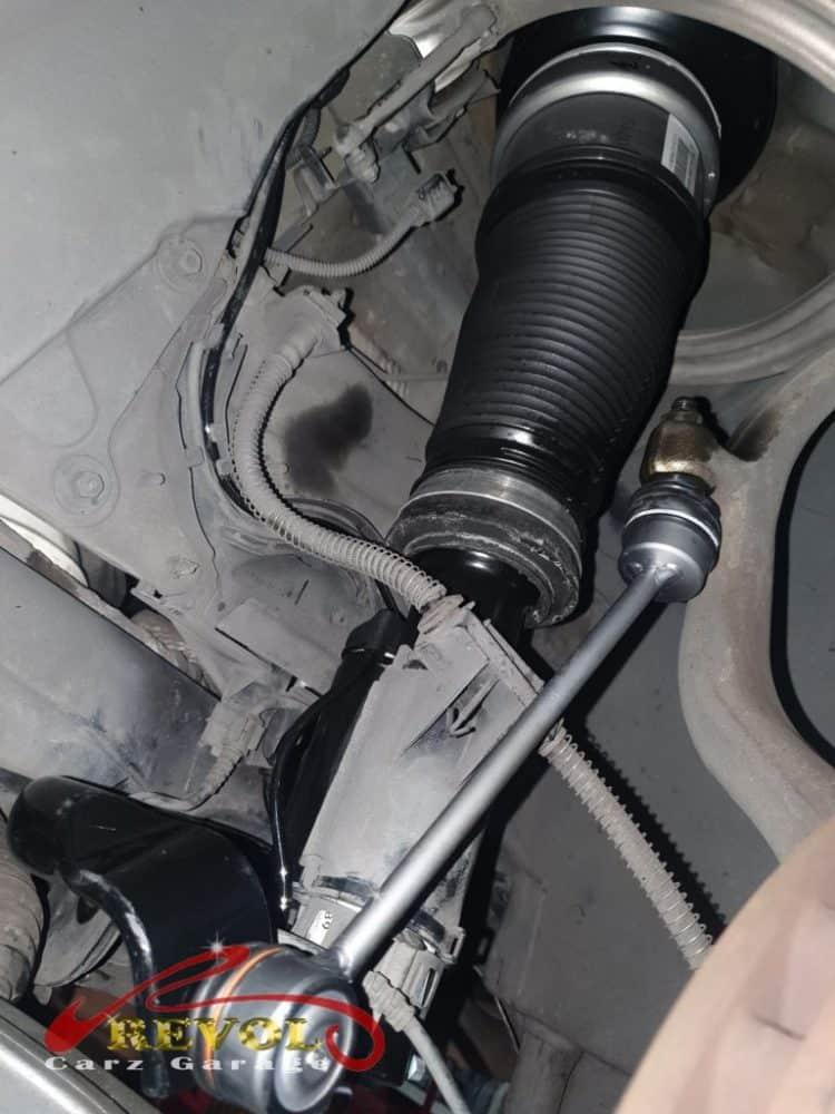 Mercedes-Benz CS 4 - Airmatic absorbers