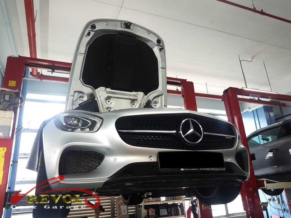 Mercedes-Benz CS 2 - mercedes amg gt lifted for safety check