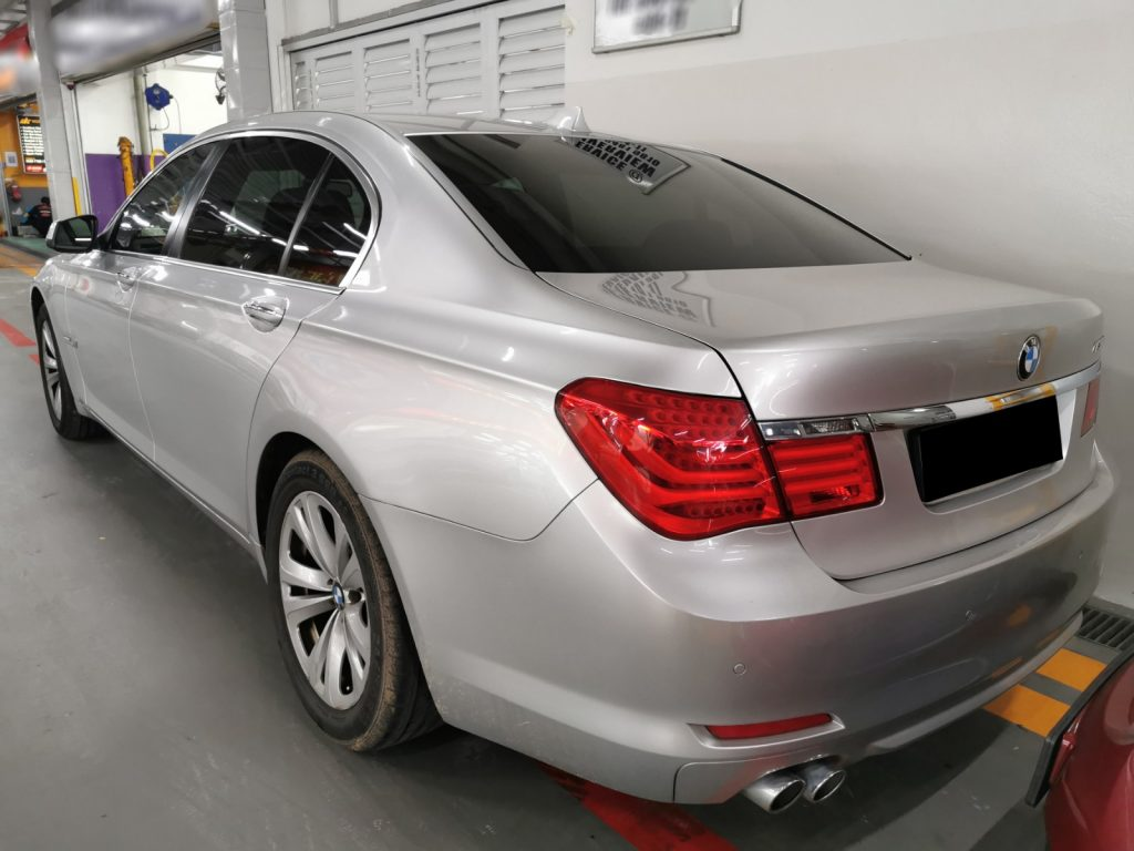 Mission Accepted! Restore Back this BMW 7 Series!