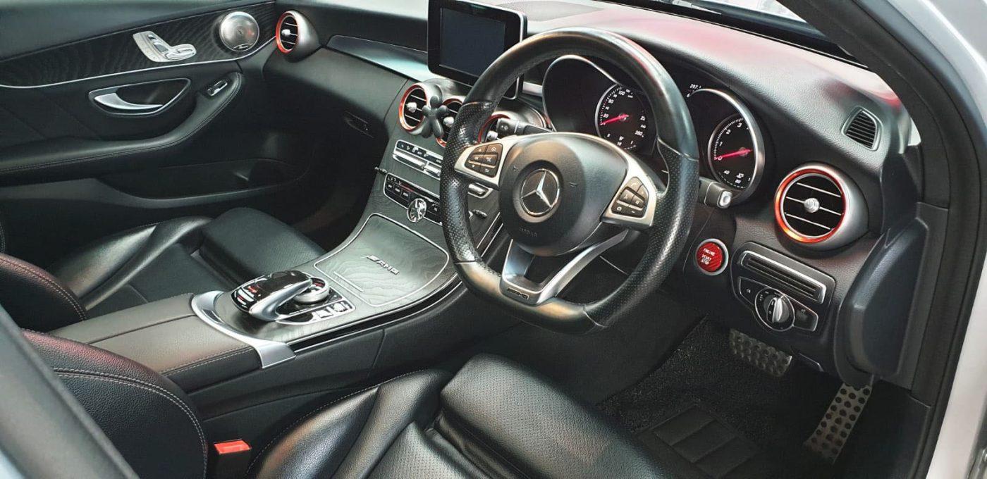 Elegant Mercedes Benz C200 loved the Titanium Paint Coating