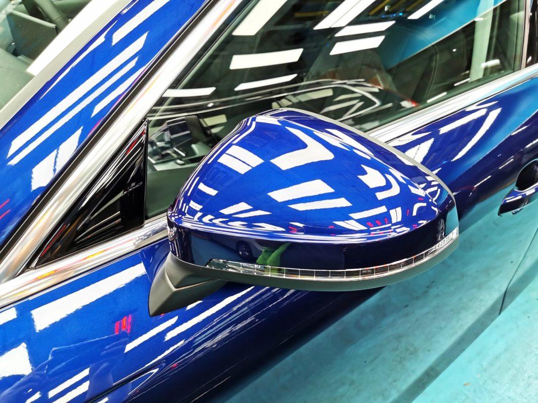 Shining Audi A4 - side mirror